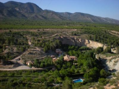 http://media2.clubrural.com/img400x300/murcia/el-molino-del-rio-argos/128413_el-molino-del-rio-argos_1_g.jpg