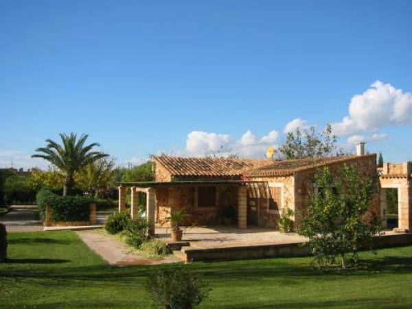 8 casas rurales sostenibles clubrural - Casas rurales ecologicas ...