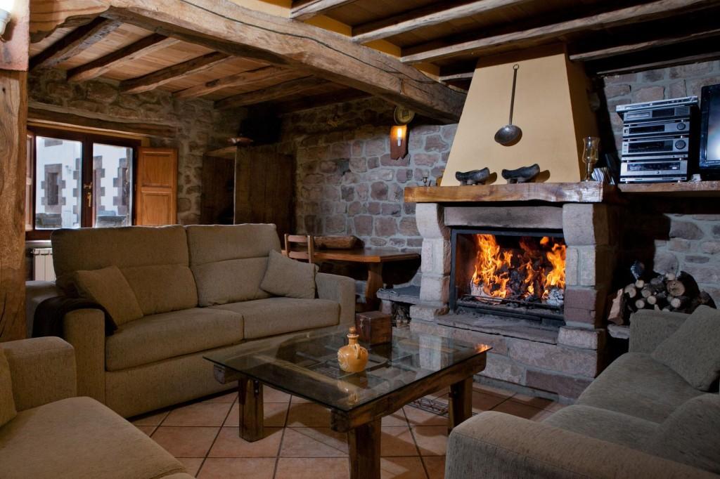 Oto o de manta y chimenea clubrural - Casas rurales con jacuzzi y chimenea ...