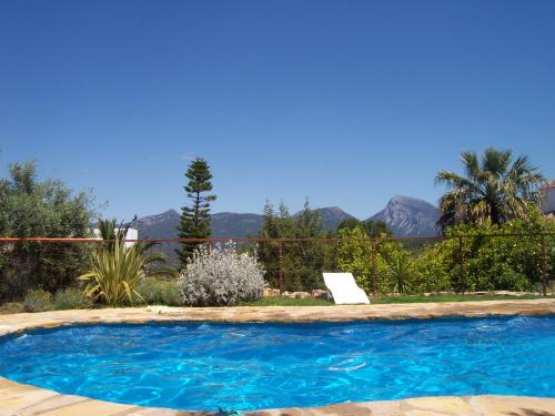 10 piscinas de foto para tu escapada rural de verano for Escapada rural piscinas naturales