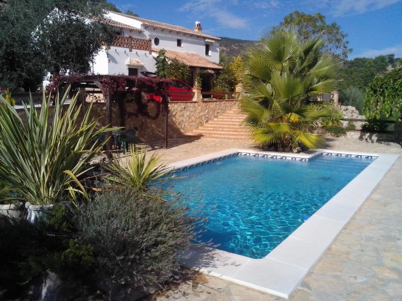 8 casas rurales sostenibles clubrural for Casa rural catalunya piscina