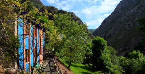 Beyo Azul (Ponga, Asturias)