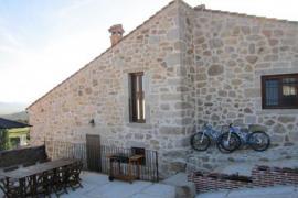 Las Piñoneras casa rural en Tortoles (Ávila)