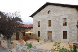 Apezetxea Landetxea Casa Rural casa rural en San Millan (Álava)