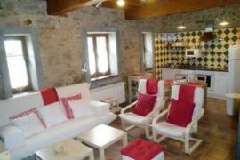 Apartamentos Rurales Casa Bárbora casa rural en Quintueles (Asturias)