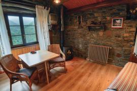 Apartamentos Rurales Esquíos casa rural en Taramundi (Asturias)