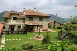 Casa Llugarón II y III casa rural en Miravalles (Asturias)
