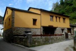 Casa Xuaquin casa rural en Cangas Del Narcea (Asturias)