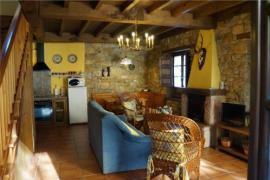 Foína y Xuegu La Bola casa rural en Ceceda (Asturias)
