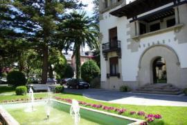 Hotel Restaurante Palacio Arias  casa rural en Navia (Asturias)