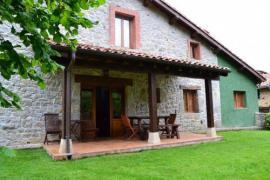 La Corte del Rondiellu casa rural en Onis (Asturias)
