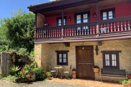 Na´Bolera casa rural en Nava (Asturias)
