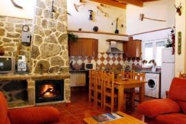 Abuelo Adón casa rural en Solosancho (Ávila)
