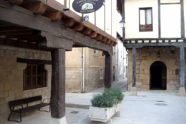 Antiguo Hospital San Lazaro casa rural en Santa Gadea Del Cid (Burgos)