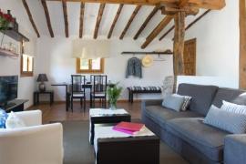 La Casa de Enmedio casa rural en San Vicente Del Valle (Burgos)
