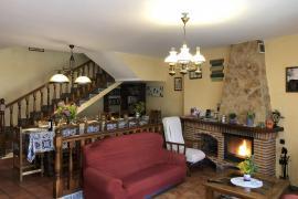 Los Tulipanes casa rural en Zazuar (Burgos)