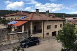Vista Urbión casa rural en Regumiel De La Sierra (Burgos)