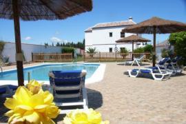 Apartamentos Rurales La Cartuja casa rural en Barbate (Cádiz)