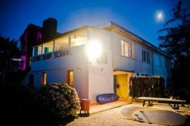 Albergue Latas Surfhouse casa rural en Somo (Cantabria)