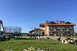 Rancho Santa Gerónima casa rural en Langre (Cantabria)