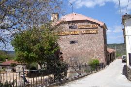 Apartamentos Fuente del Gamellón casa rural en Buenache De La Sierra (Cuenca)