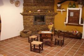 Aptos. Turísticos El Espliego casa rural en Beamud (Cuenca)