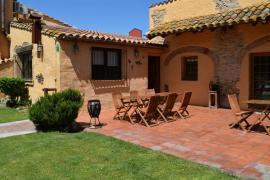 Ca La Caputxeta casa rural en Castello D' Empuries (Girona)