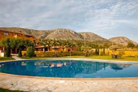 Can Junquè casa rural en Ulla (Girona)