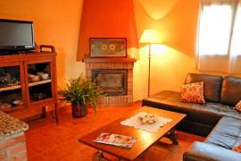 Can Planas casa rural en Fonolleres (Girona)