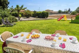 Can Roura  casa rural en Viladamat (Girona)