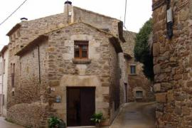 Can Vilà casa rural en Ullastret (Girona)