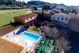 Els Masos d´en Coll - Mas Pou casa rural en Llabia (Girona)