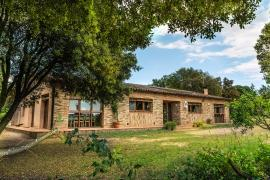 La Vinya del Bosc casa rural en San Tomás De Fluviá (Girona)