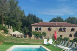 Mas Campmol Albergue Rural casa rural en Cistella (Girona)