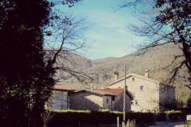 Mas El Llach casa rural en La Vall De Bianya (Girona)