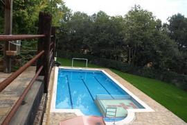 Mas Fuselles casa rural en Cornella Del Terri (Girona)