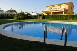 Pinamar casa rural en L´ Escala (Girona)