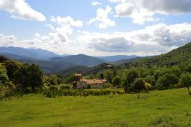 Rectoría Santa María de Castellar casa rural en La Vall De Bianya (Girona)