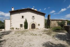 Sant Bartomeu de Matamala casa rural en Porqueres (Girona)