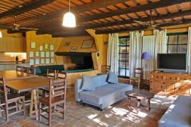 Yeguada Senillosa casa rural en Castello D' Empuries (Girona)
