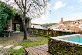 El Zarzo de Nemesio casa rural en Valdelarco (Huelva)