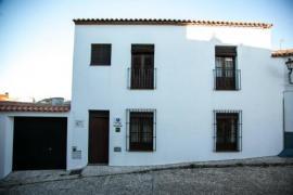 La Fonda del Castillo casa rural en Cumbres De San Bartolome (Huelva)