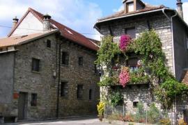 Casa Los Valles casa rural en Urdués (Huesca)