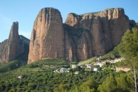 Alojamientos Rurales Mallos de Huesca casa rural en Ayerbe (Huesca)