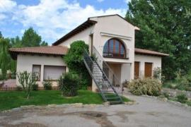 Apartamento Tura casa rural en Ayerbe (Huesca)