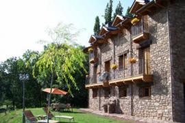 Apartamentos Casa Chuandervera casa rural en Laspaules (Huesca)