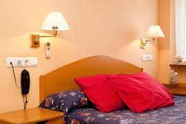 Hotel Villa de Ayerbe  casa rural en Ayerbe (Huesca)