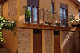 Casa La Viña casa rural en Cuzcurrita De Rio Tiron (La Rioja)