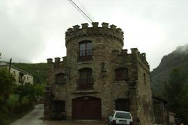 Castillo de Piedrasecha casa rural en Piedrasecha (León)