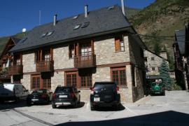 Casas Dusina casa rural en Garos (Lleida)